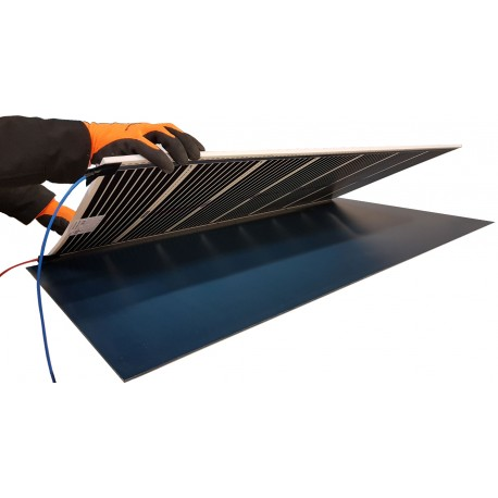 Mirolia, panel heater for mirror